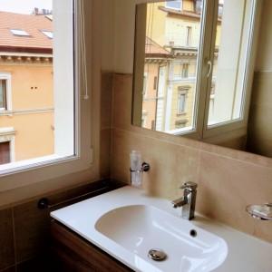 suite 1 via don minzoni 4 10