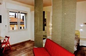 suite 3 via don minzoni 4 3